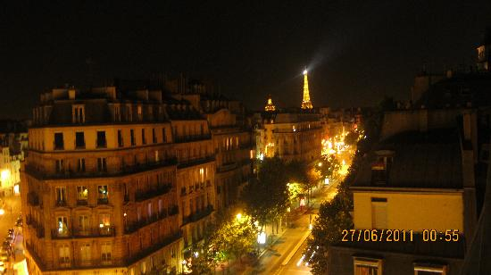 La Maison Saint Germain: Night view form the terase.
