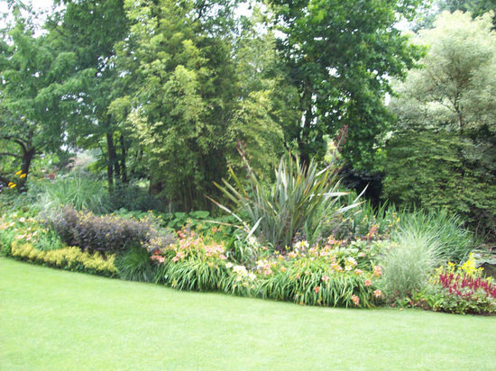 The Beth Chatto Gardens: Beth Chatto Garden