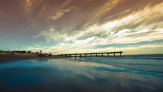 The Beach Hotel: Hobbie Beach