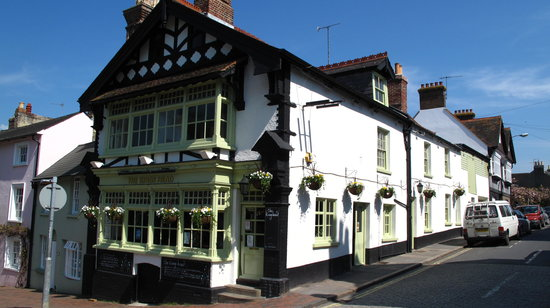 Lewes, UK:                   Kings Head frontage