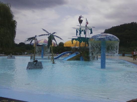 Lakemont Park: Splash Pool