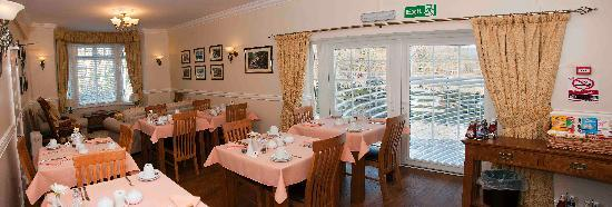 Oakfield House B & B: Breakfast room