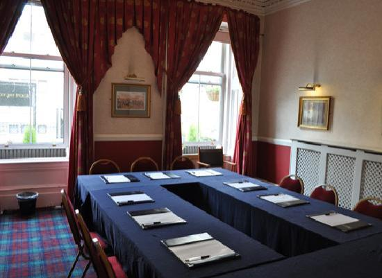 Argyll Hotel: Drawing Room