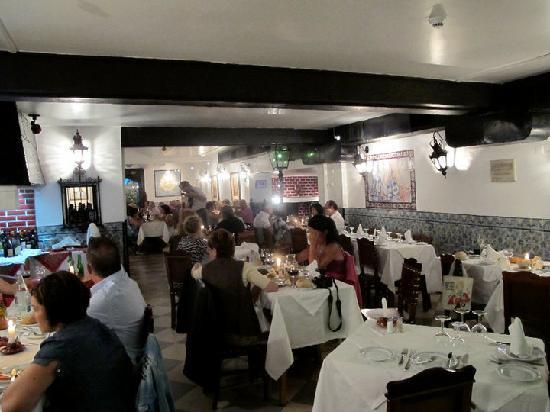 O Forcado: Dinning Room