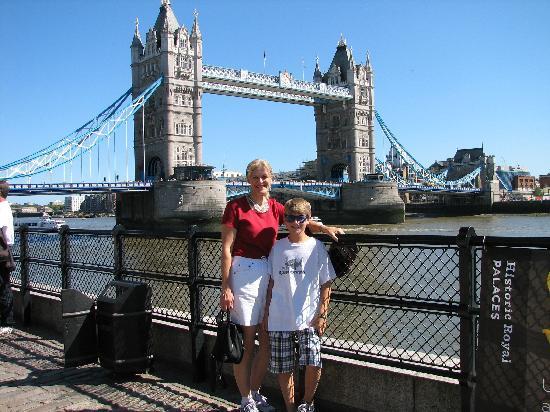 Gren Tours : London Bridge