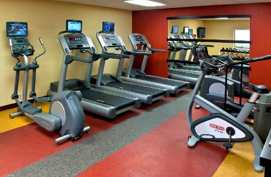 Courtyard Lincroft Red Bank: Fitness Center