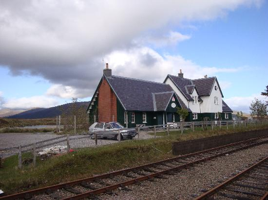 Natural Retreats West Highlands: Random award-winning restaurant one stop on train journey from cottage