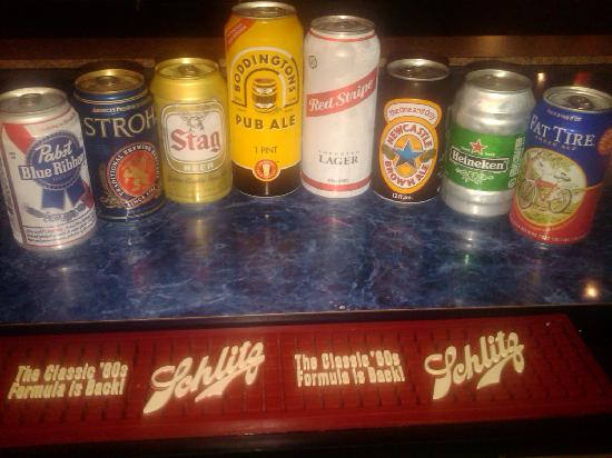 Tin Can Tavern & Grille: Who knew so many different types of beers came in cans?  We have over 97.