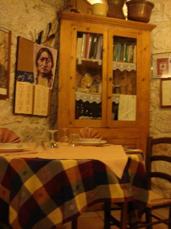 Agriturismo Tholos: Our table for marvelous meals