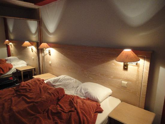 A-XL Flathotel: Bed
