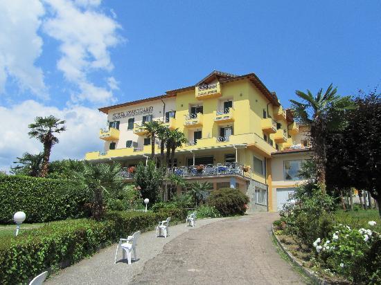 Hotel La Bussola: esterno
