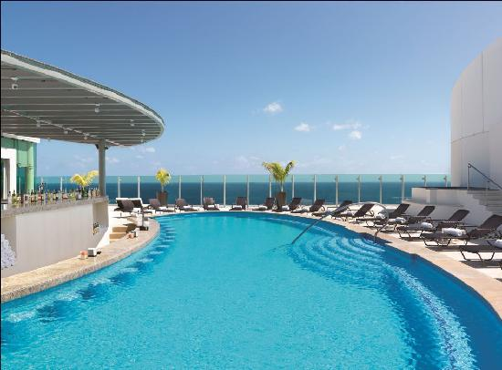 Sky Pool sky pool - picture of beach palace, cancun - tripadvisor