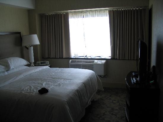 โรงแรมเชอราตั้นลินคอล์นฮาร์เบอร์: The sleeping area.