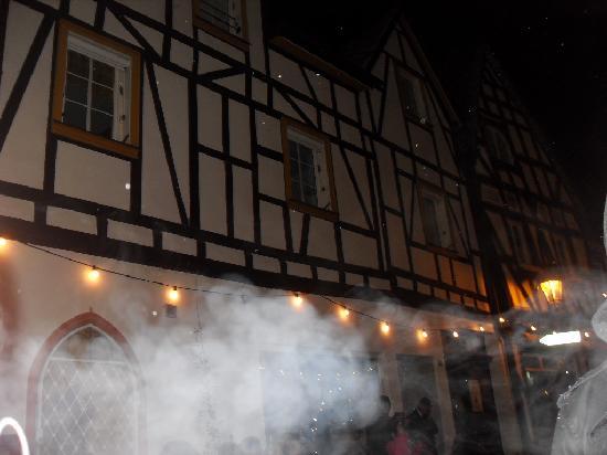 Hotel Hunsrücker Hof: outside the hotel