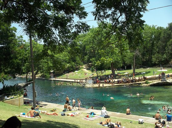 ‪Barton Springs Pool‬