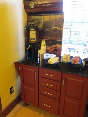 Desert Rose Resort : served Starbucks coffee and other beverages
