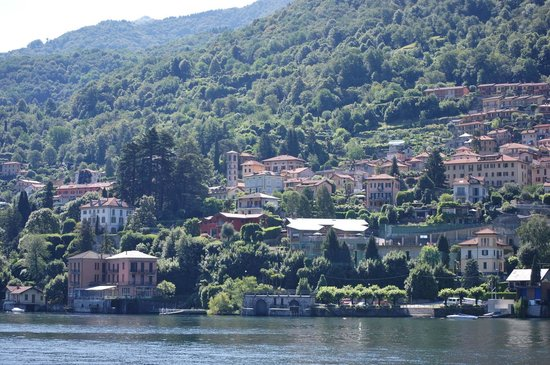 B&B Bellavista: Torno and B & B from the lake
