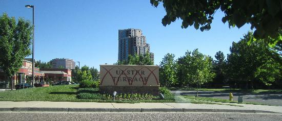 Hampton Inn & Suites Denver Tech Center: Entrance to Hampton Inn Hotel Denver Tech Center