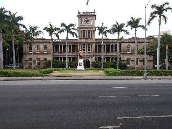 Iolani Palace : Front photo