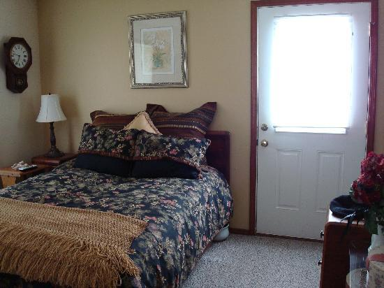 Hanson House Bed & Breakfast: Summers Room