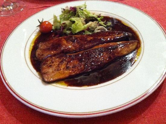 Au Petit Sud Ouest : Foie gras with truffle sauce