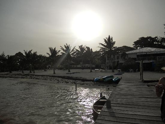 Exotic Caye Beach Resort: Sunset over Exotic Caye - paradise found