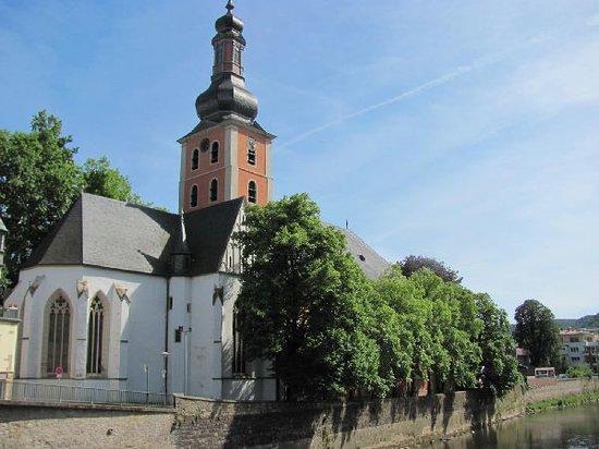 Pauluskirche: on an island