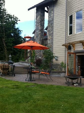 Adytum Sanctuary: o'rion's private patio