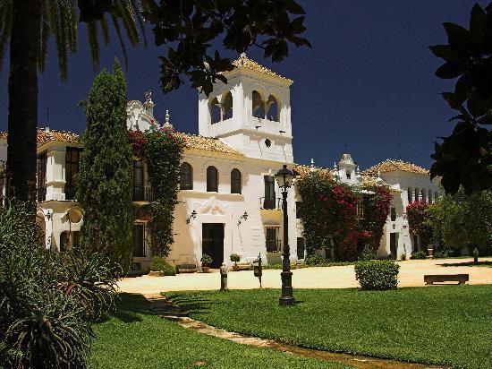 Hotel Front Elevation Images : Hotel cortijo el esparragal gerena provincia de sevilla