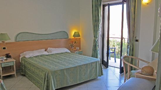 Hotel Villa Belvedere : Room with balcony