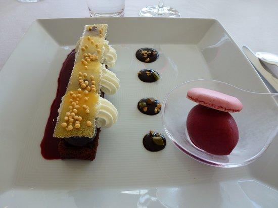 Patrick Jeffroy : Gâteau chocolat, gingembre, cerises, sorbet griotte