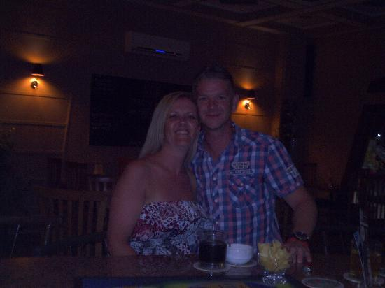Bar1: Myself n the Wife