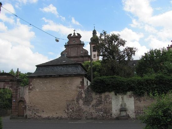 Konz, Tyskland: the old monastery walls