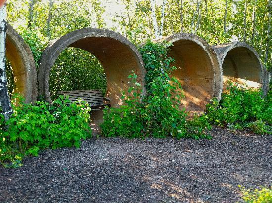 Mesabi Trail: porch swing Hibbing/Chisolm leg