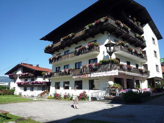 Photo of Hotel Theresianna Kitzbühel