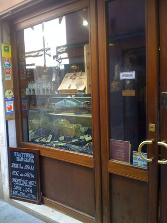 Trattoria Marciana: from the outside entrance