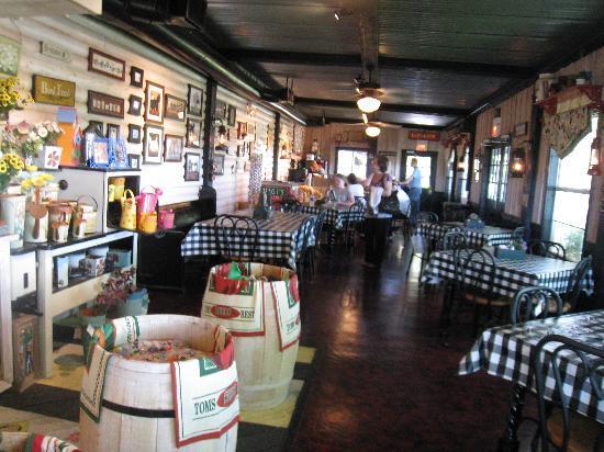 Southfork Ranch: Inside of Miss Ellie's Deli