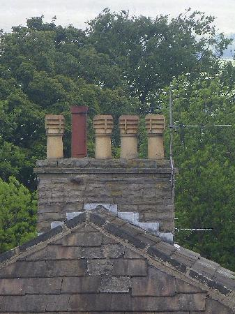 Hawes, UK : Classic chimney pots (Just like on CORONATION STREET)