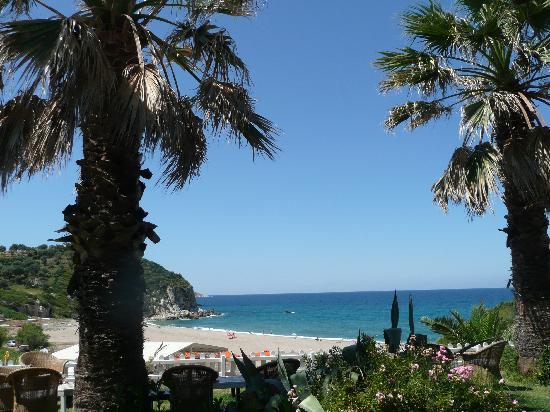 Pounda Paou: Potistika beach - view from Climax restaurant