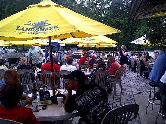 Metro Bar and Grill : The Metro Patio & Cabana Bar
