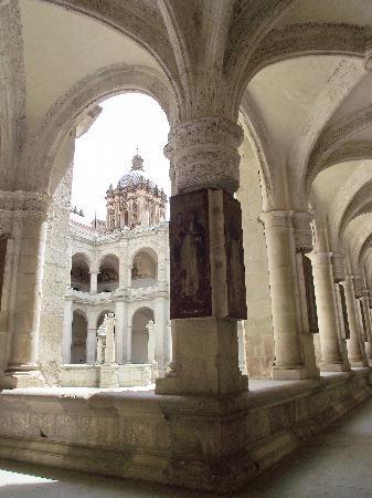 Museo de las Culturas de Oaxaca: view of the church from the museum window