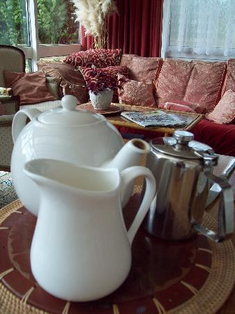 Arden House Bed & Breakfast Bexhill: Tea at breakfast