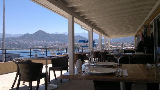 Restaurant Abri Des Flots : La terrasse