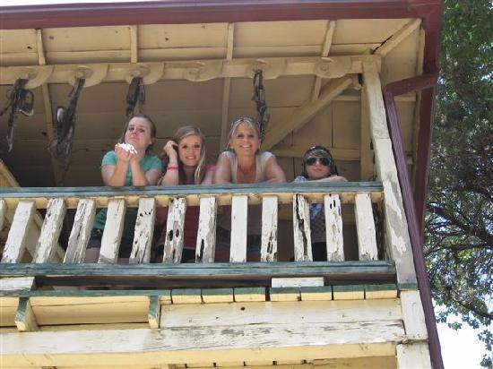 The Inn at Castle Rock: The Family