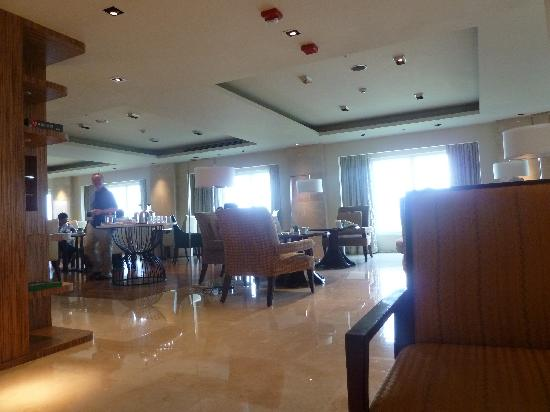 Manila Marriott Hotel: Executive Lounge