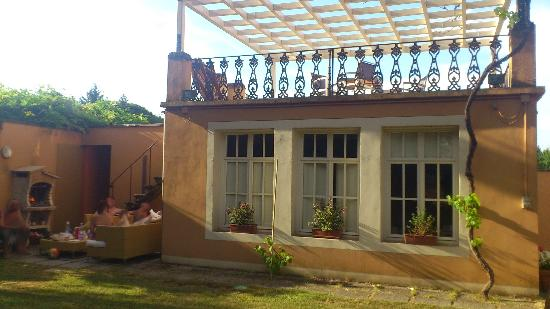 Casa San Rocco: Limonia - self contained apartament with outside sitting space with large barbeque