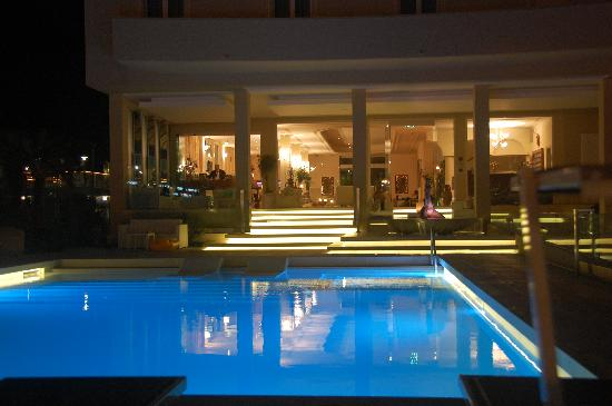 Beaurivage Hotel : Hotel Beaurivage-piscina-