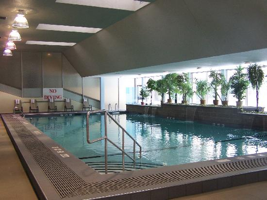 Radisson Hotel Sudbury: Splash in our newly renovated pool and Hot Tub