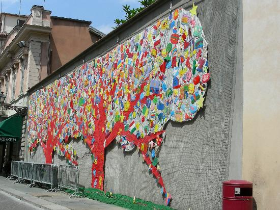 Murales foto di parma provincia di parma tripadvisor - Sculptures metalliques murales ...