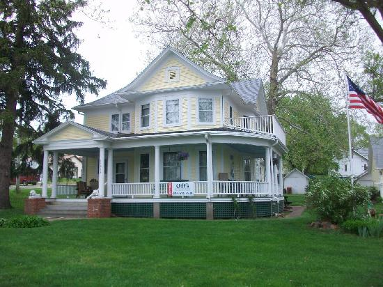 Bennington, NE: The B&B